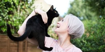 Black Cat Names That Are So Good, It's Spooky