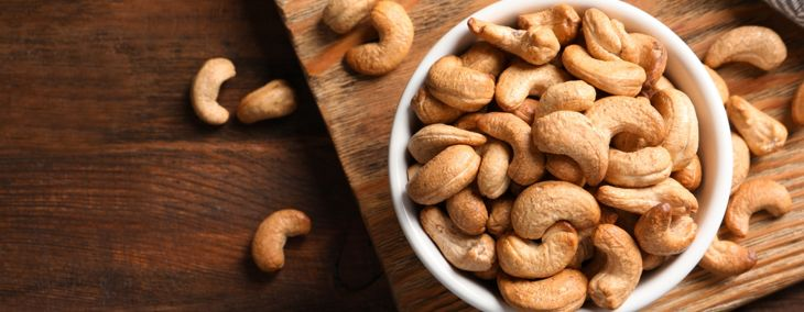 Are Cashews Safe For Dogs To Eat?