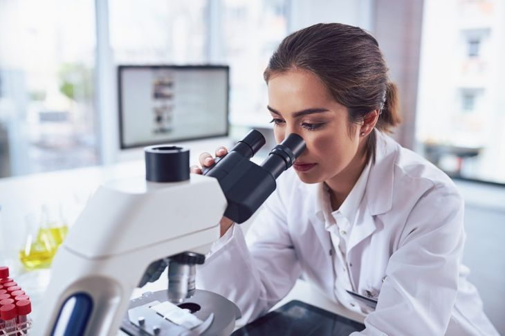 Determining differences in tumors under a microscope